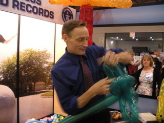 Balloon animals at BEA