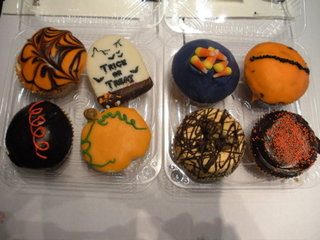 Halloween cupcakes at Crumbs