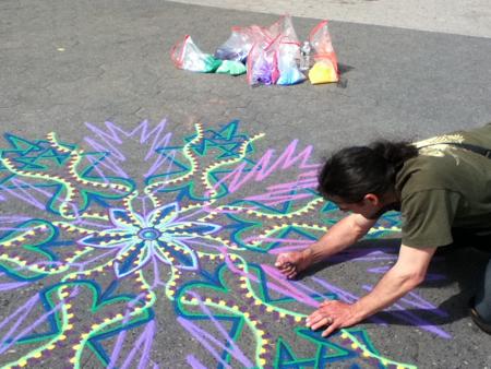 Joe Mangrum sand painting