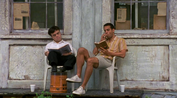 Peter Dinklage and Bobby Cannavale in The Station Agent