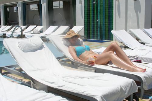 Susane Colasanti, Fabulous at 40