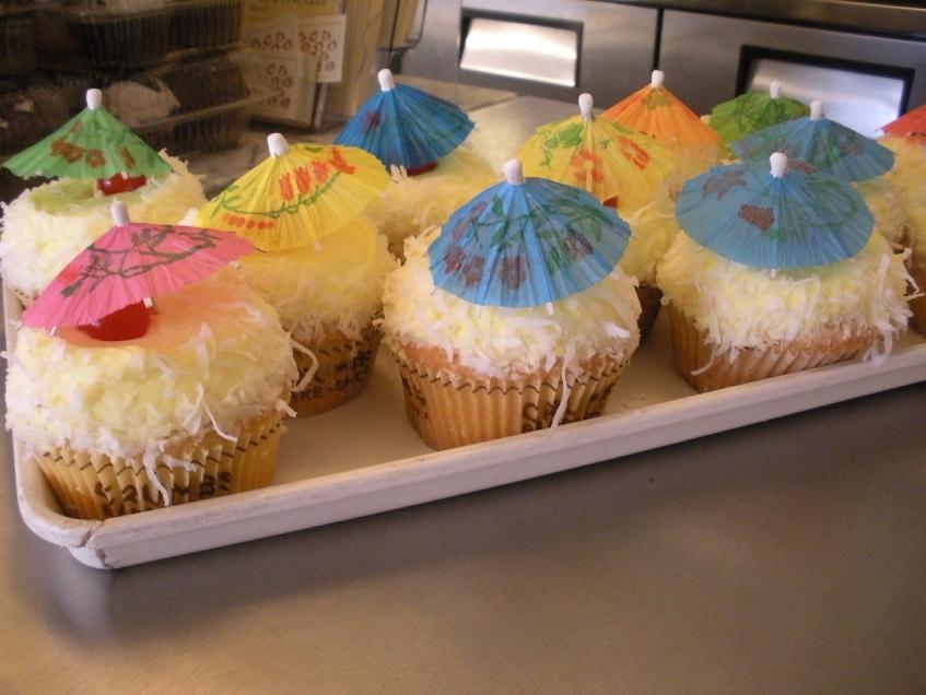 Pina Colada Crumbs cupcakes