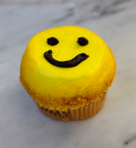 Smiley Face Crumbs cupcake